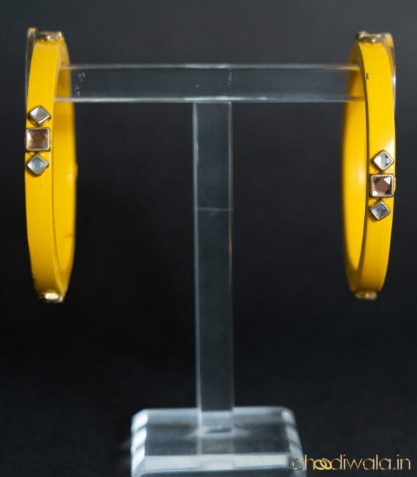 Yellow – Kundan Lac Choodi