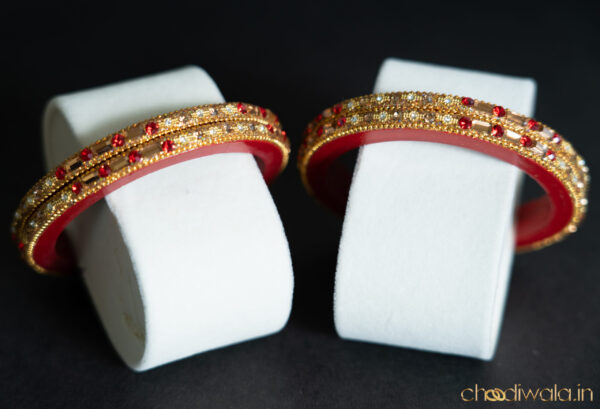 Red – Chain Lac Choodi with Dual Coloured Stones